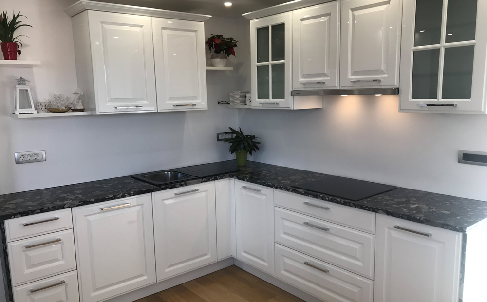 kuhinjski-kamniti-pult-stonedesign